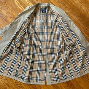 Authentic Burberry vintage trench coat
